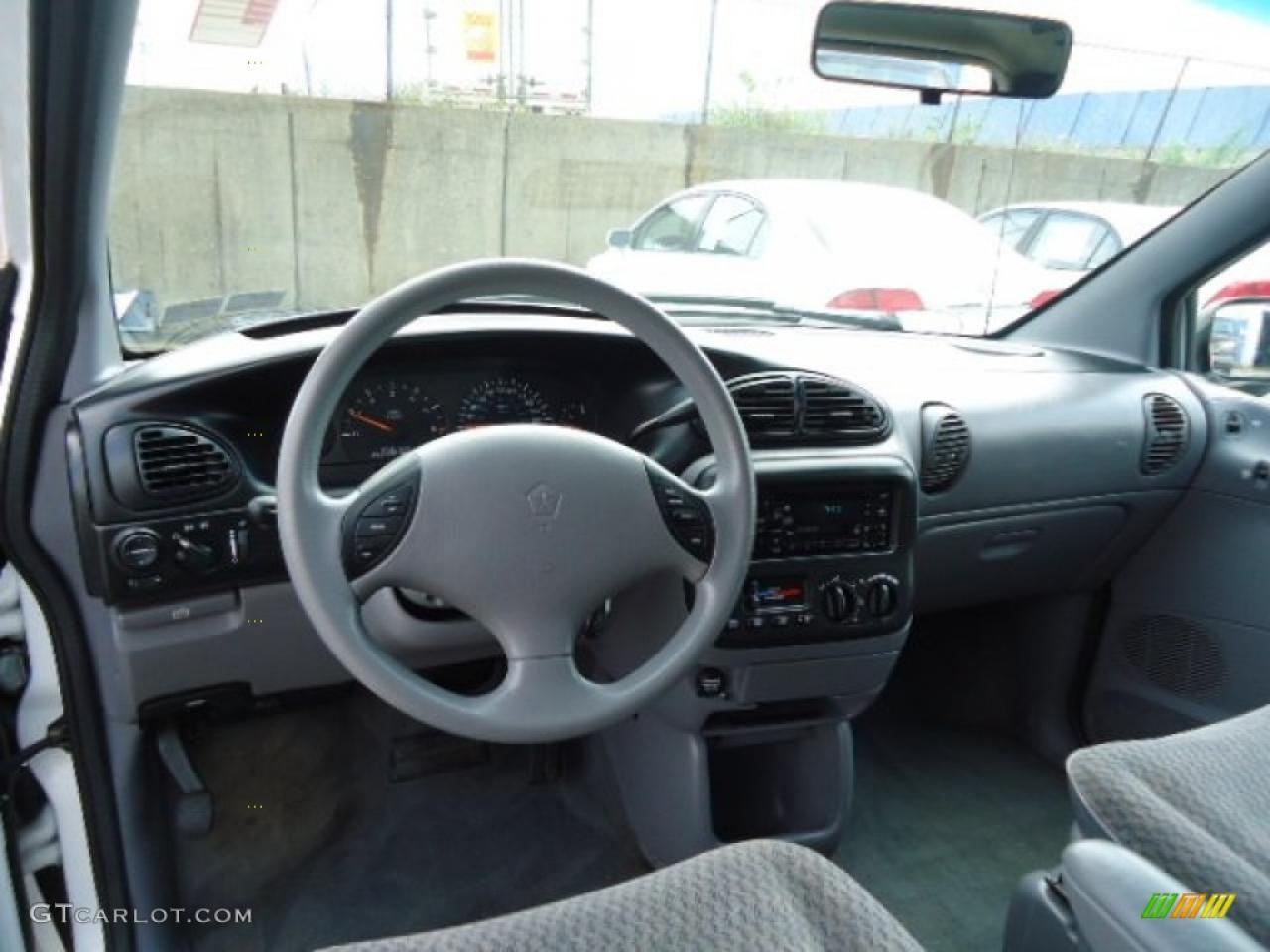 Dodge dodge 1999 caravan : 1999 Dodge Grand Caravan - Information and photos - ZombieDrive