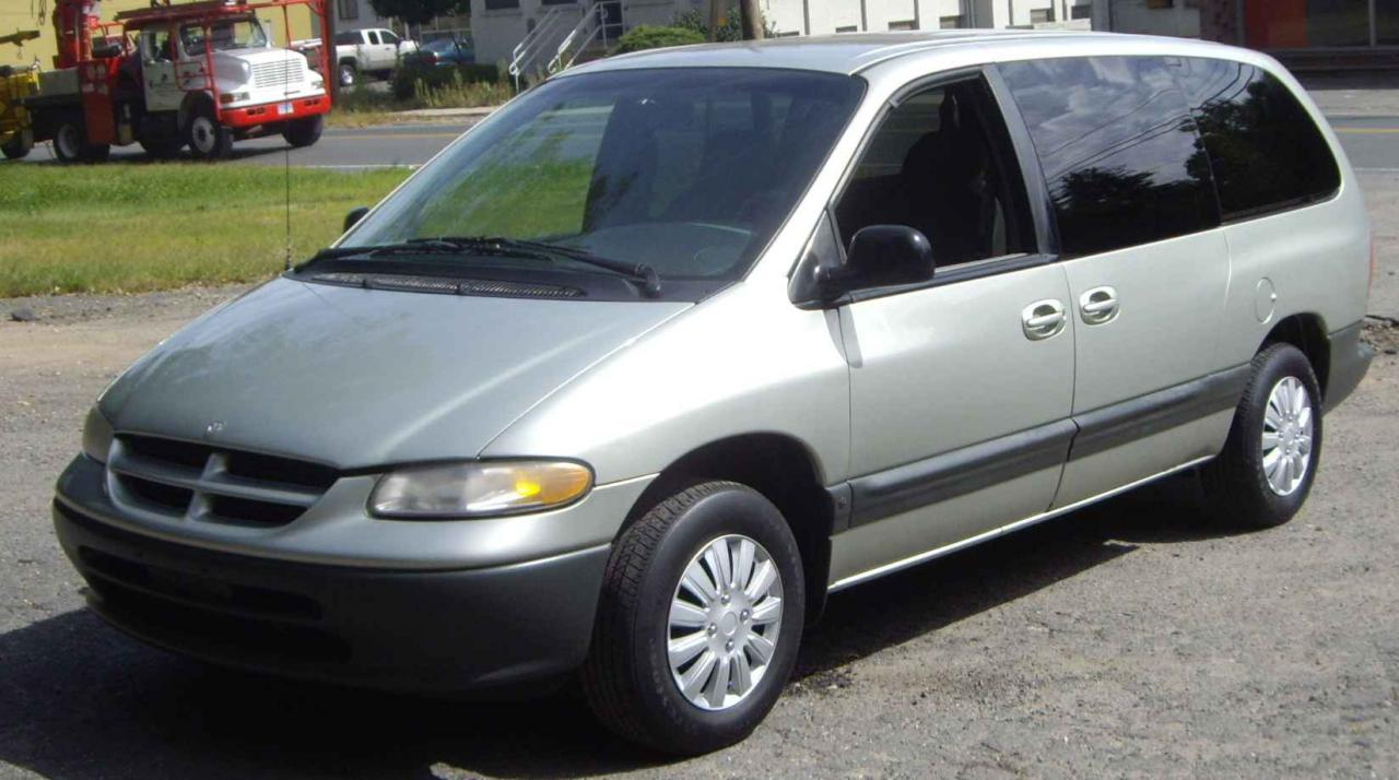 White Mini Van 1999