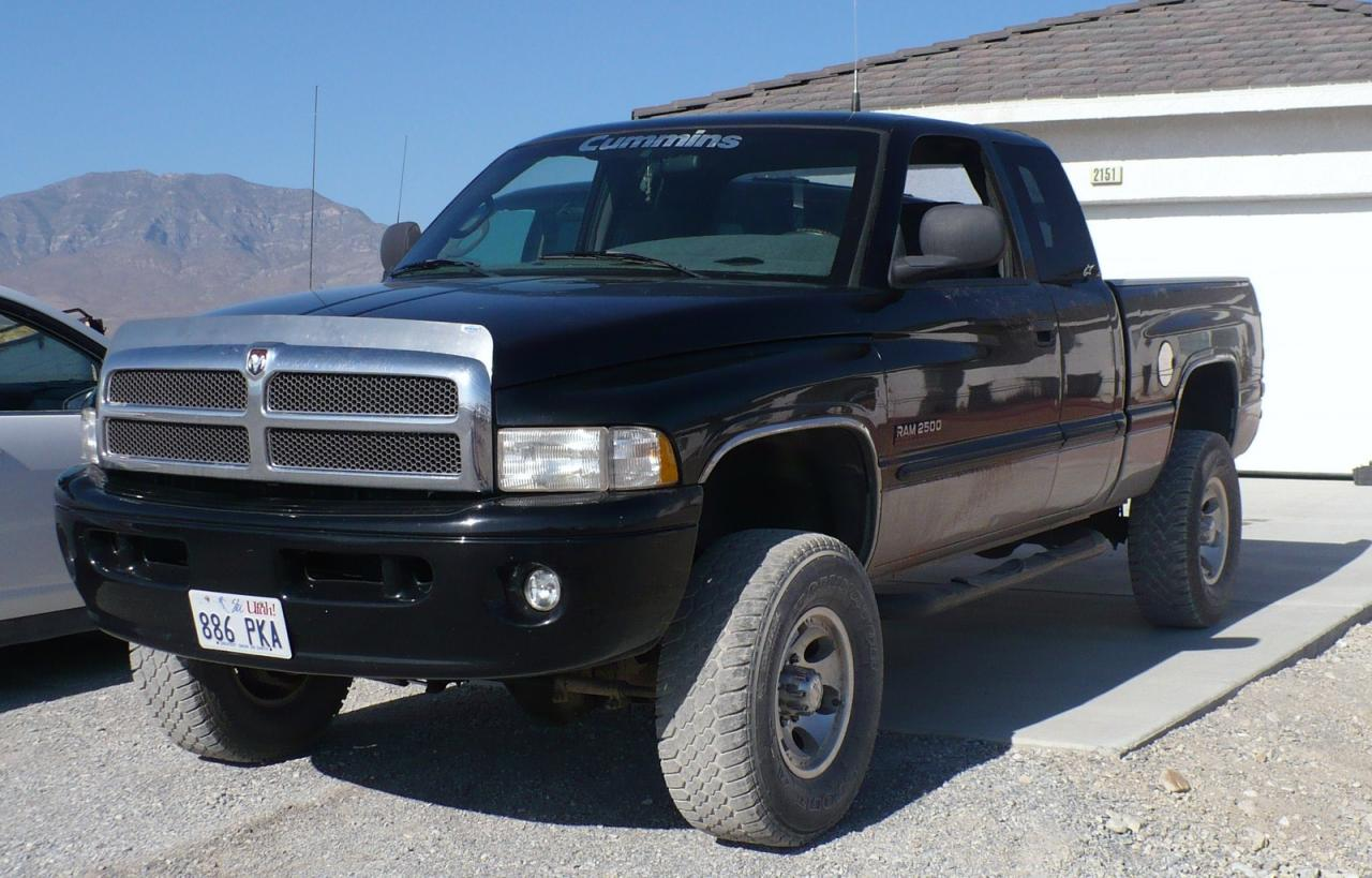1999 Dodge Ram Pickup 2500 - Information And Photos