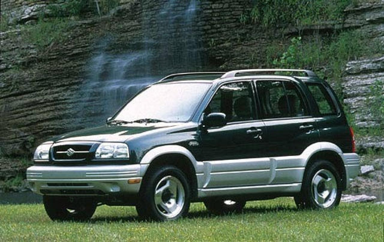 2000 suzuki grand vitara information and photos. Black Bedroom Furniture Sets. Home Design Ideas