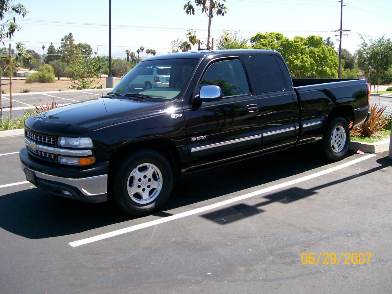 2000 chevrolet silverado 1500 information and photos zombiedrive. Cars Review. Best American Auto & Cars Review