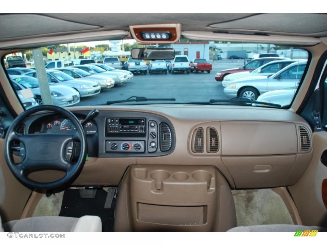 800 1024 1280 1600 Origin 2000 Dodge Ram Van