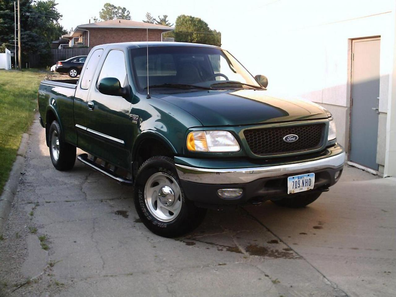 2000 ford f 150 information and photos zombiedrive. Black Bedroom Furniture Sets. Home Design Ideas