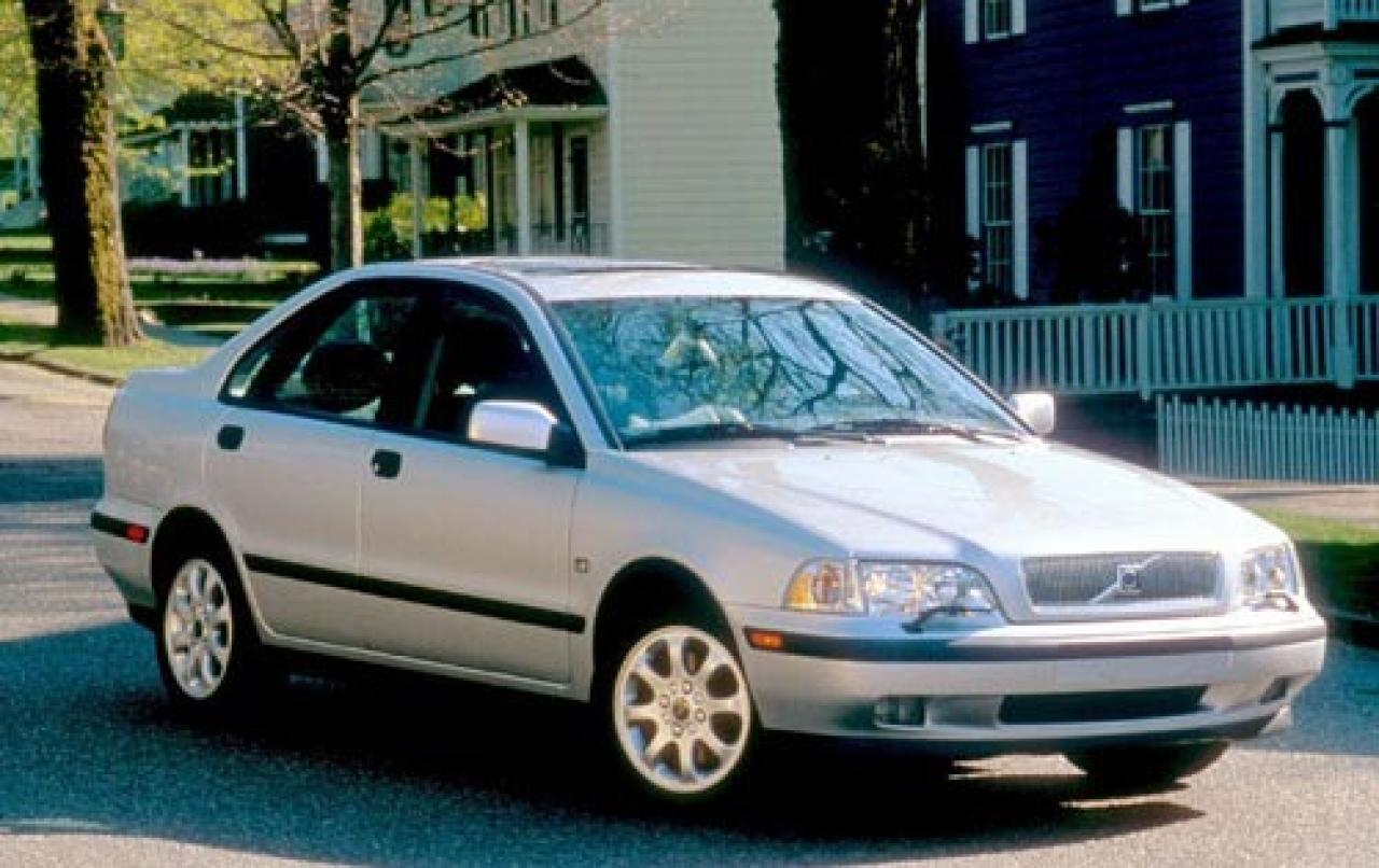 2000 volvo s40 information and photos zombiedrive. Black Bedroom Furniture Sets. Home Design Ideas