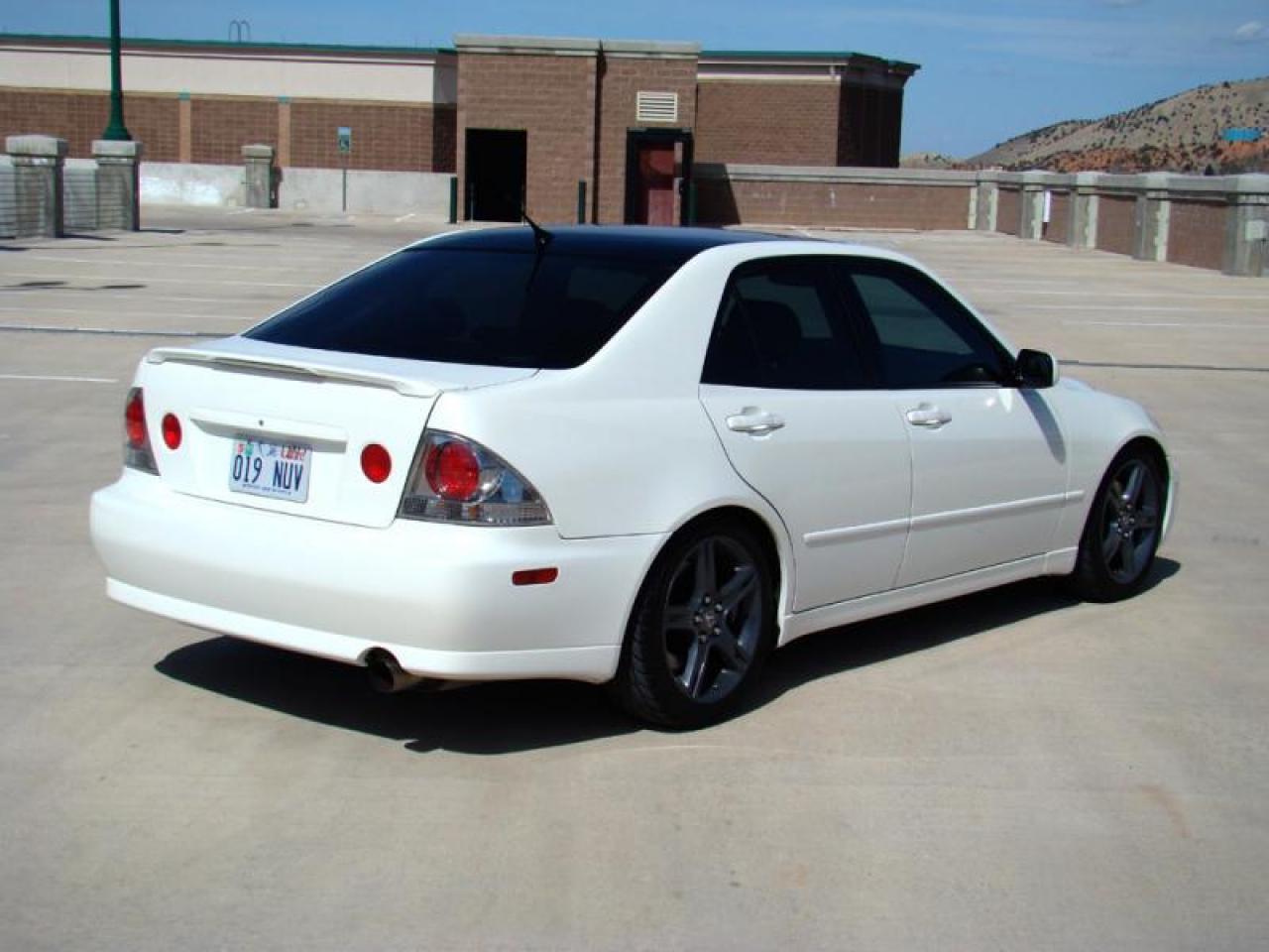 800 1024 1280 1600 Origin 2001 Lexus IS 300 ...