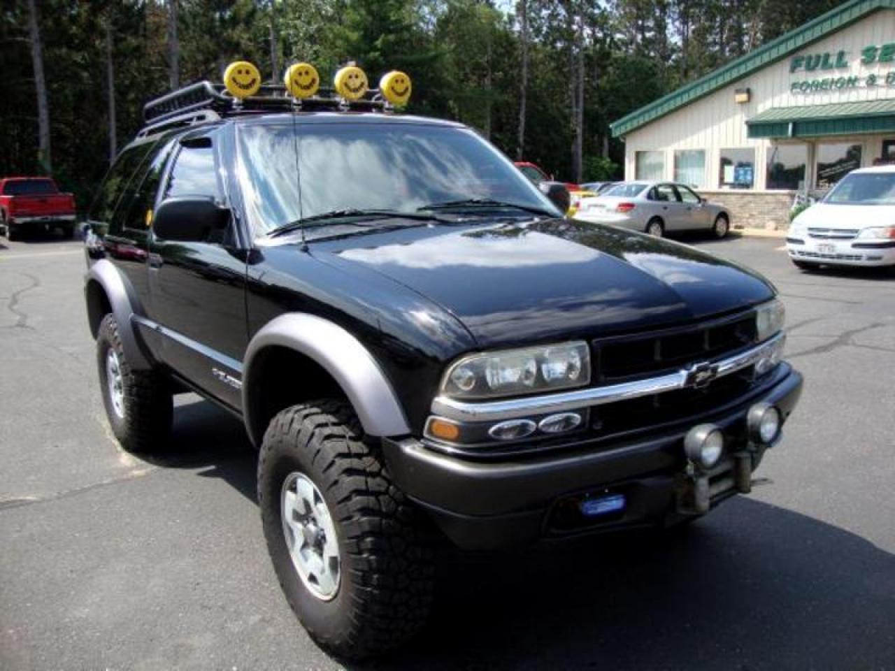2002 Chevrolet Blazer - Information and photos - ZombieDrive