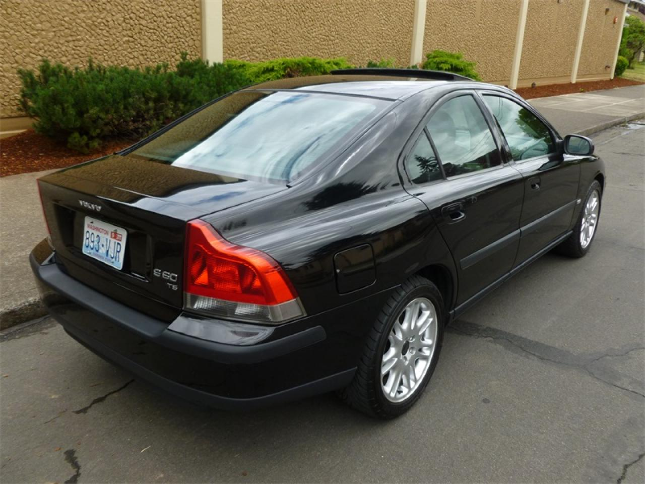 2002 Volvo S60 - Information And Photos