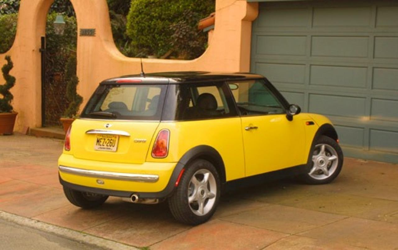2003 mini cooper information and photos zombiedrive. Black Bedroom Furniture Sets. Home Design Ideas
