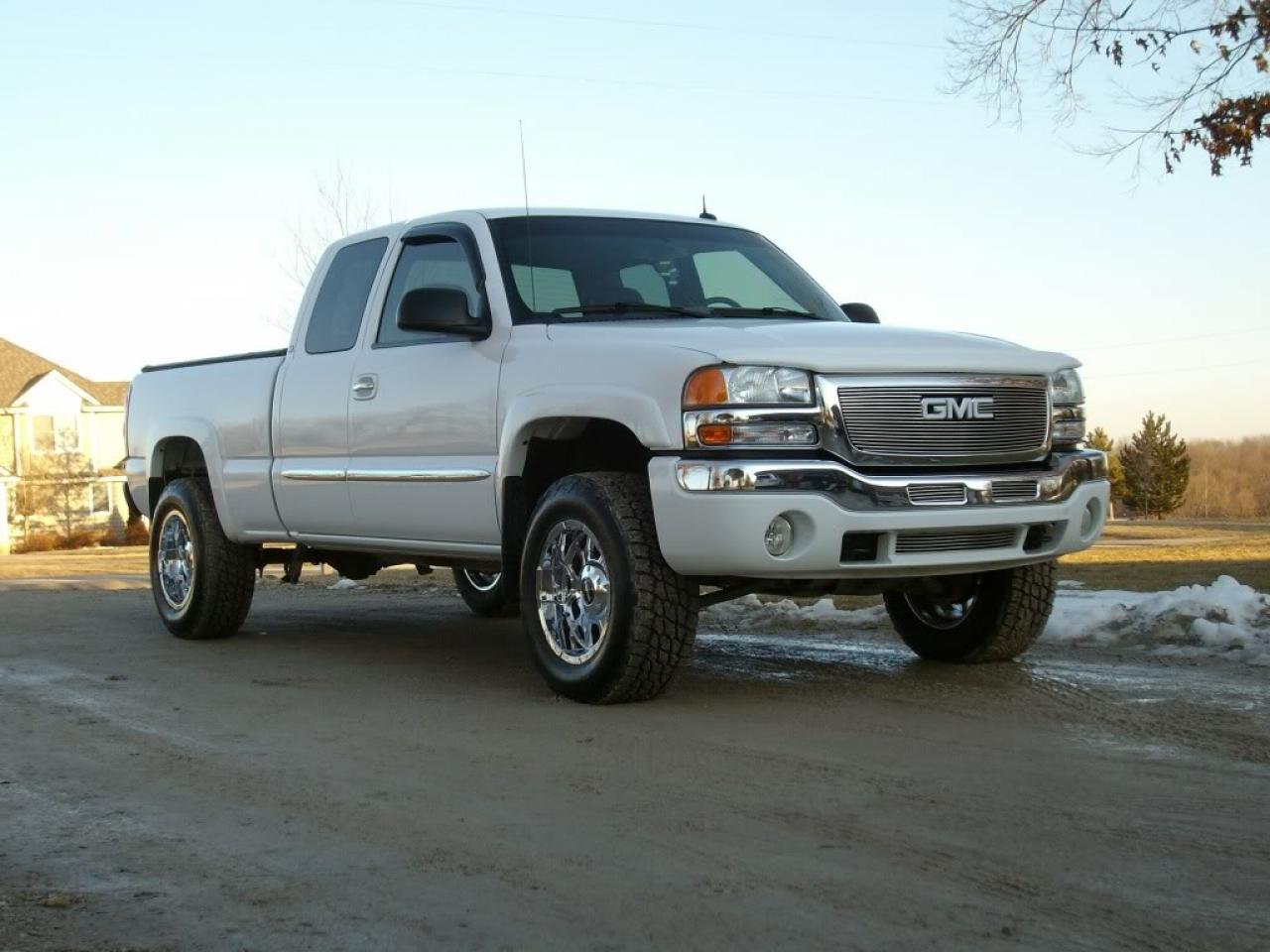 2003 GMC Sierra 1500 - Information and photos - ZombieDrive
