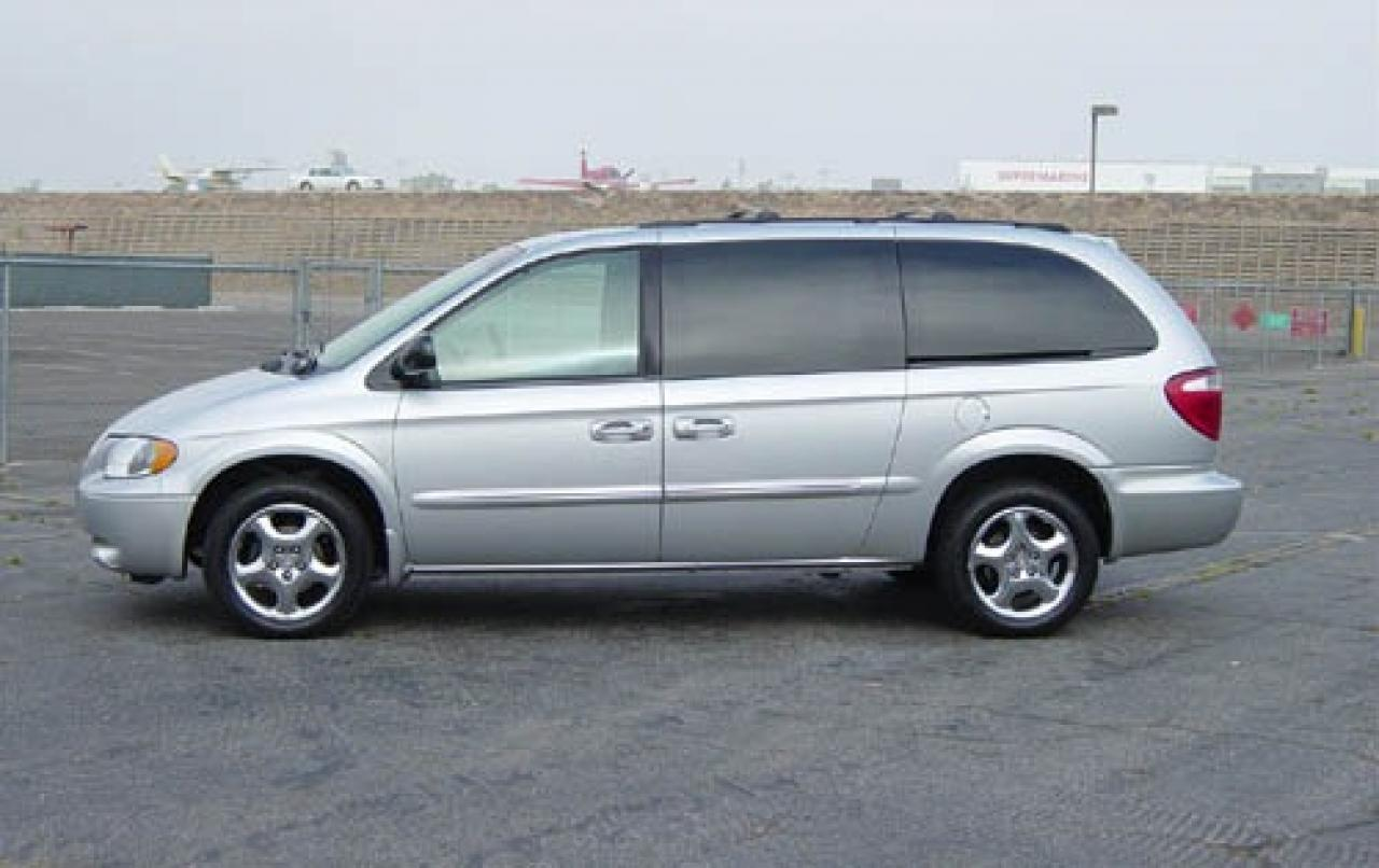 2004 dodge grand caravan information and photos. Black Bedroom Furniture Sets. Home Design Ideas