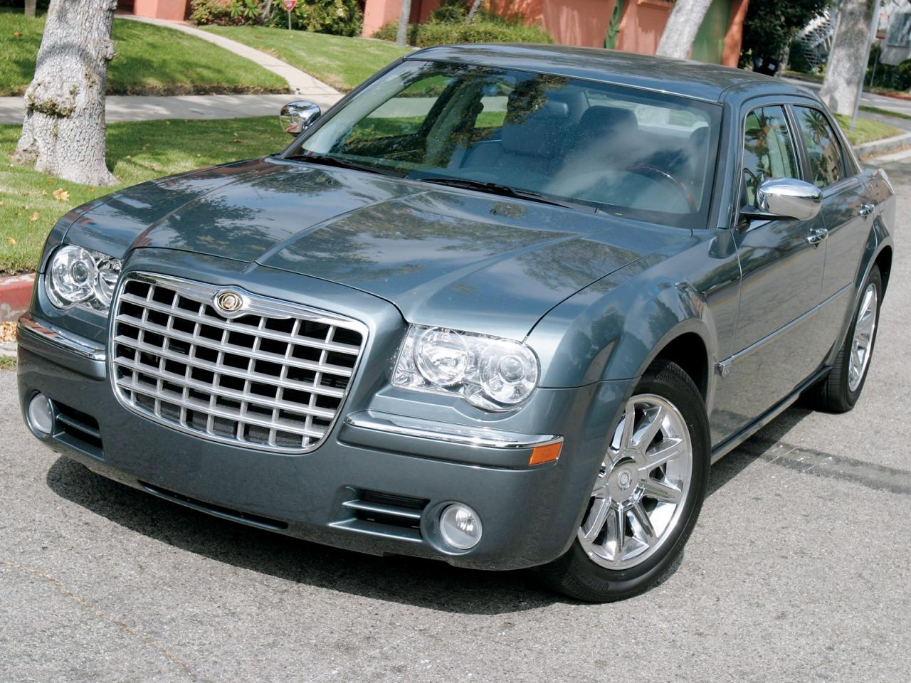 2005 Chrysler 300 Information And Photos Zombiedrive