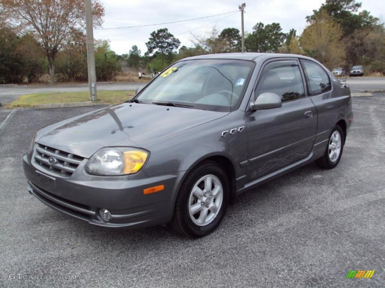 2005 hyundai accent information and photos zombiedrive. Black Bedroom Furniture Sets. Home Design Ideas