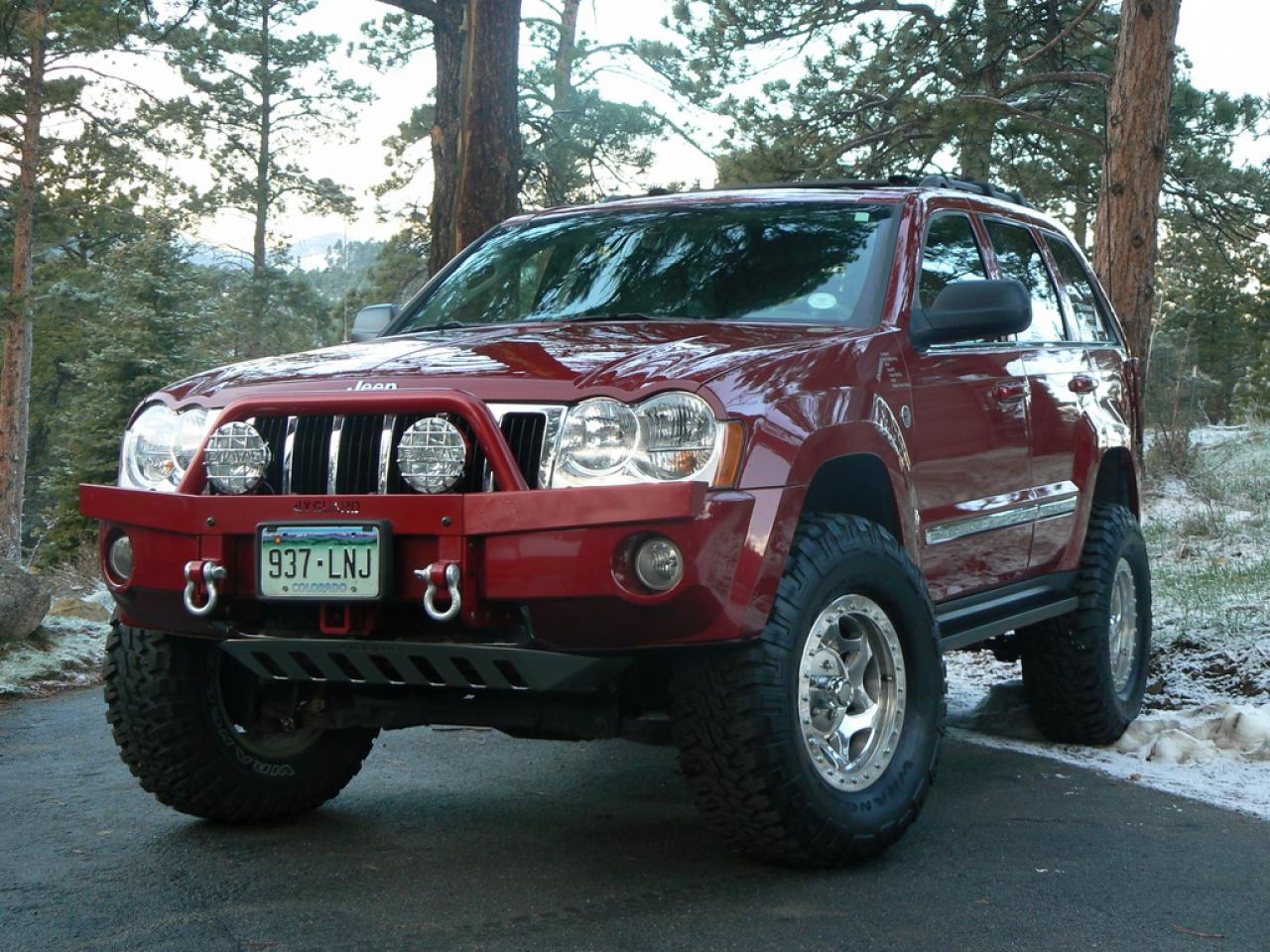 2006 jeep grand cherokee information and photos zombiedrive. Black Bedroom Furniture Sets. Home Design Ideas
