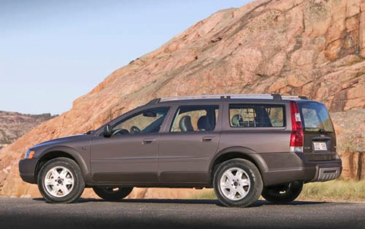 2006 volvo xc70 information and photos zombiedrive. Black Bedroom Furniture Sets. Home Design Ideas