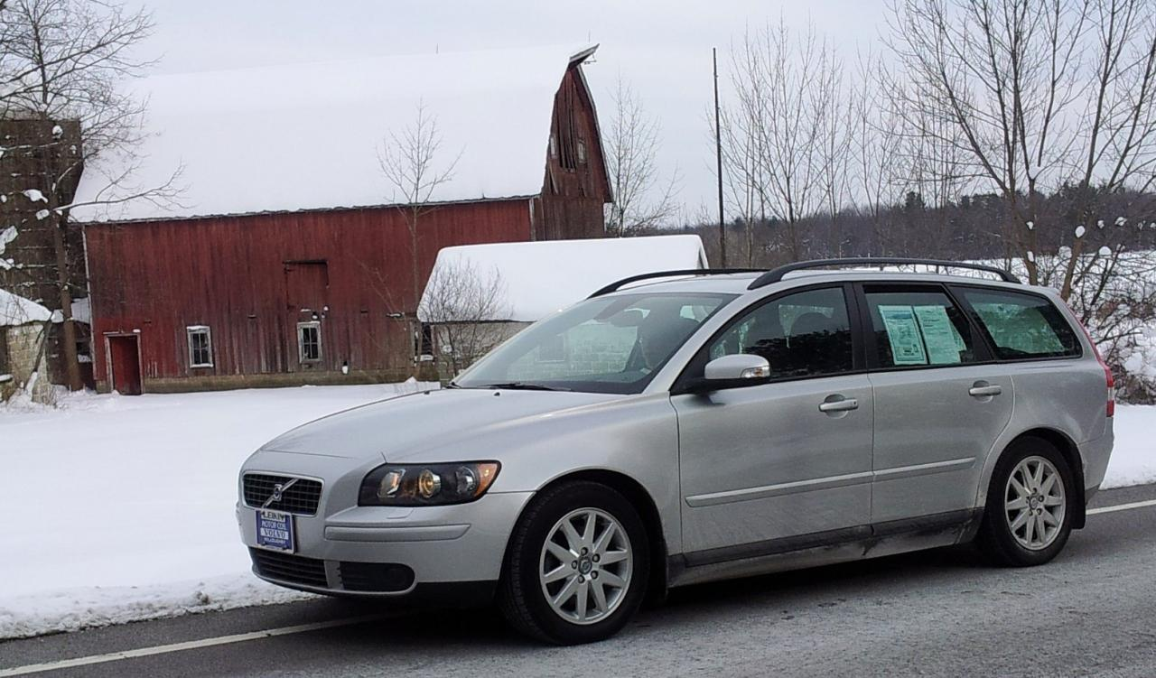 2007 Volvo V50 - Information and photos - ZombieDrive
