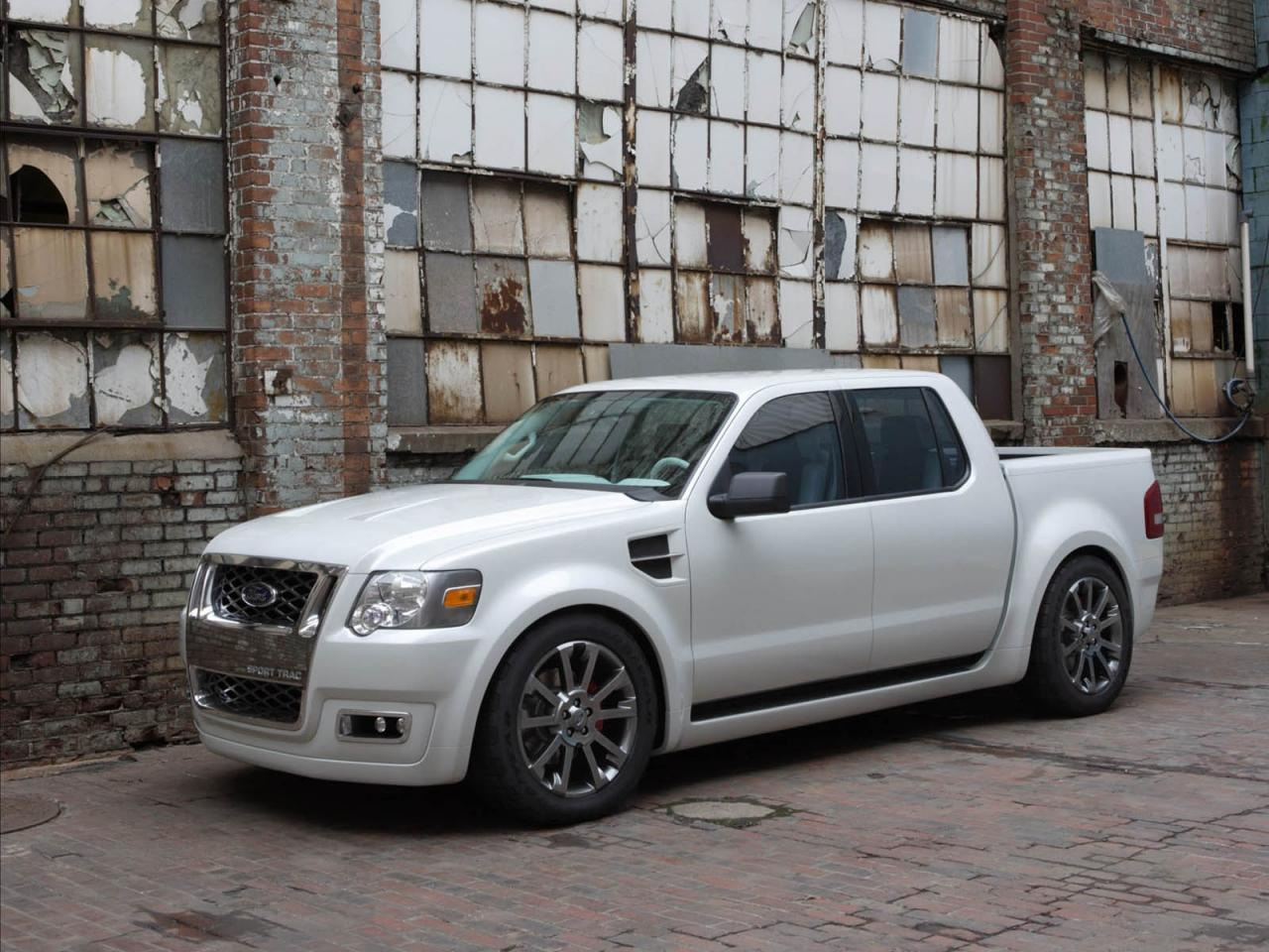 2008 Ford Explorer Sport Trac Information And Photos