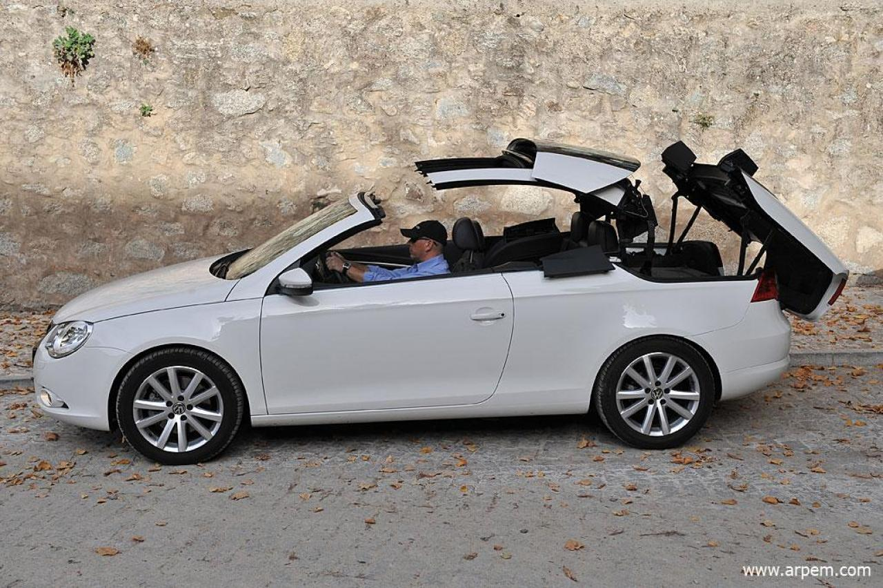 2009 volkswagen eos information and photos zombiedrive. Black Bedroom Furniture Sets. Home Design Ideas