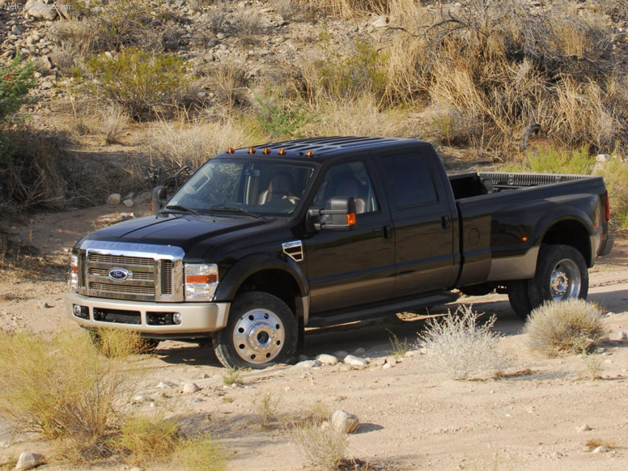 2010 ford f 450 super duty information and photos. Black Bedroom Furniture Sets. Home Design Ideas