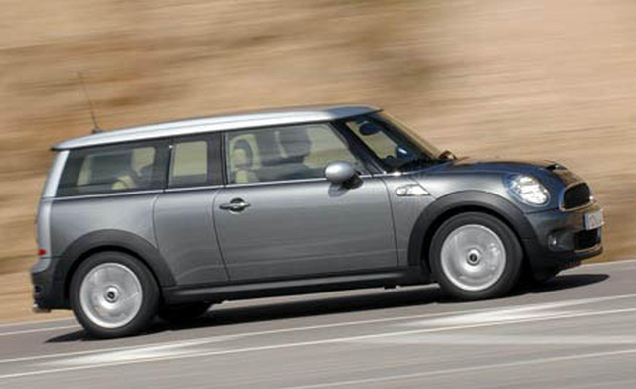 2010 mini cooper clubman information and photos zombiedrive. Black Bedroom Furniture Sets. Home Design Ideas