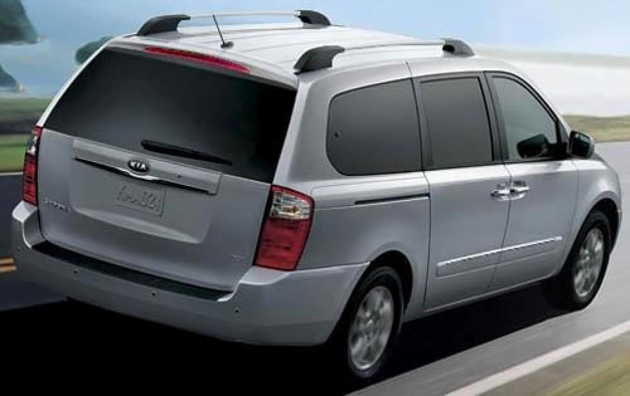 2010 kia sedona information and photos zombiedrive. Black Bedroom Furniture Sets. Home Design Ideas