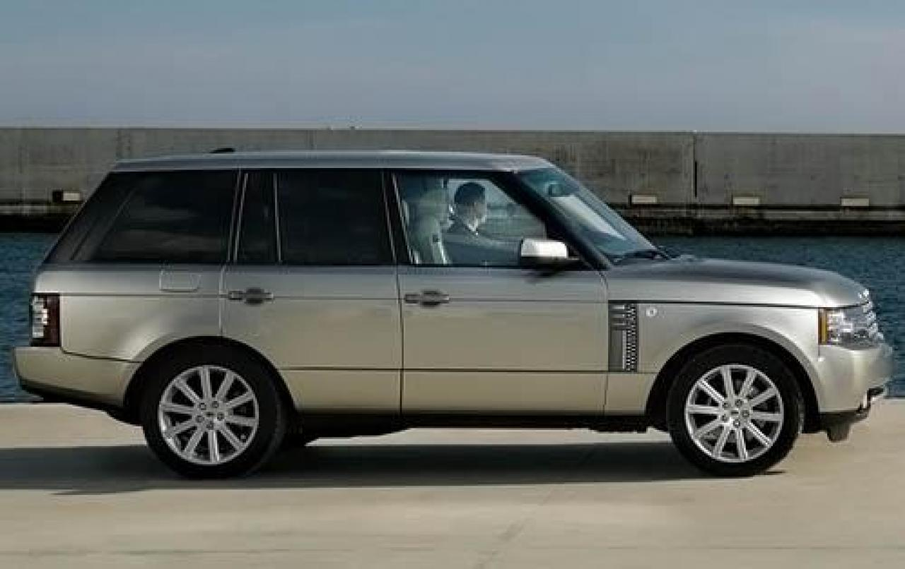 2010 land rover range rover information and photos zombiedrive. Black Bedroom Furniture Sets. Home Design Ideas