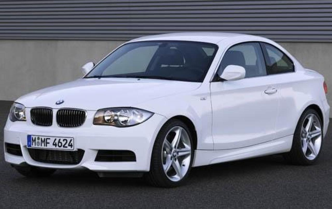 2011 bmw 1 series information and photos zombiedrive. Black Bedroom Furniture Sets. Home Design Ideas