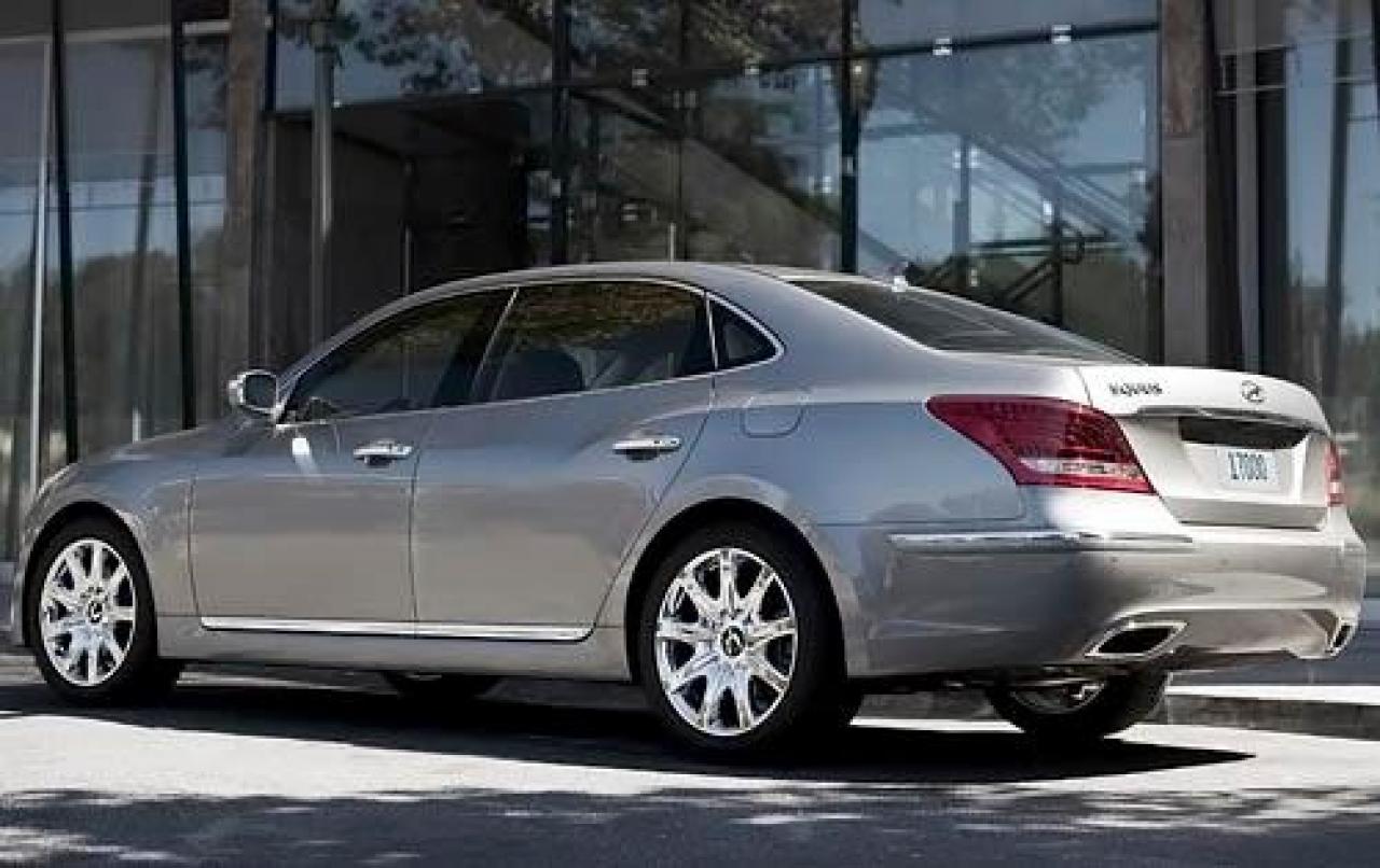 2011 Hyundai Equus Information And Photos Zombiedrive