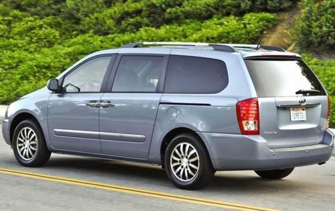 2012 kia sedona information and photos zombiedrive. Black Bedroom Furniture Sets. Home Design Ideas