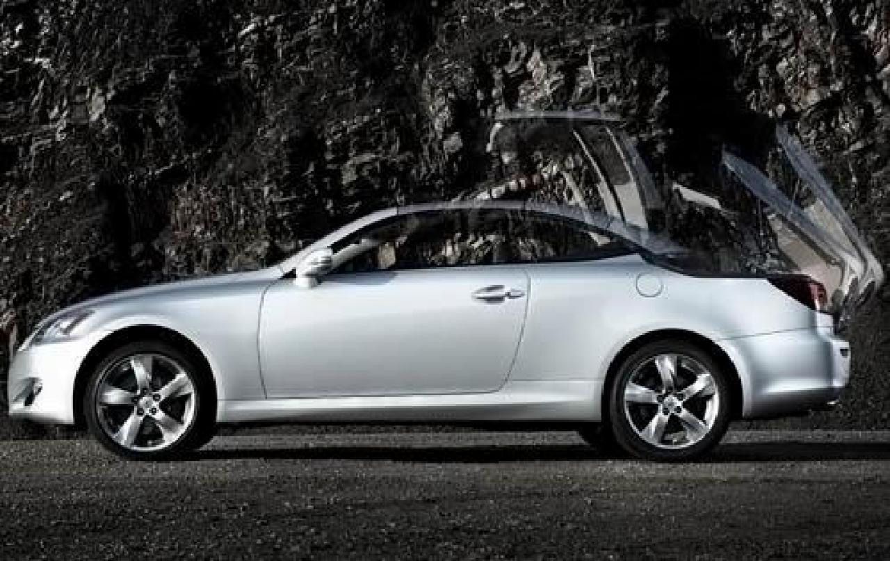 2011 lexus is 350 c information and photos zombiedrive. Black Bedroom Furniture Sets. Home Design Ideas