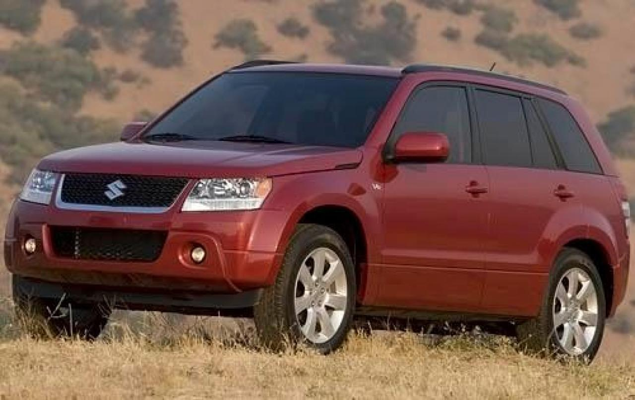 2011 suzuki grand vitara information and photos zombiedrive. Black Bedroom Furniture Sets. Home Design Ideas