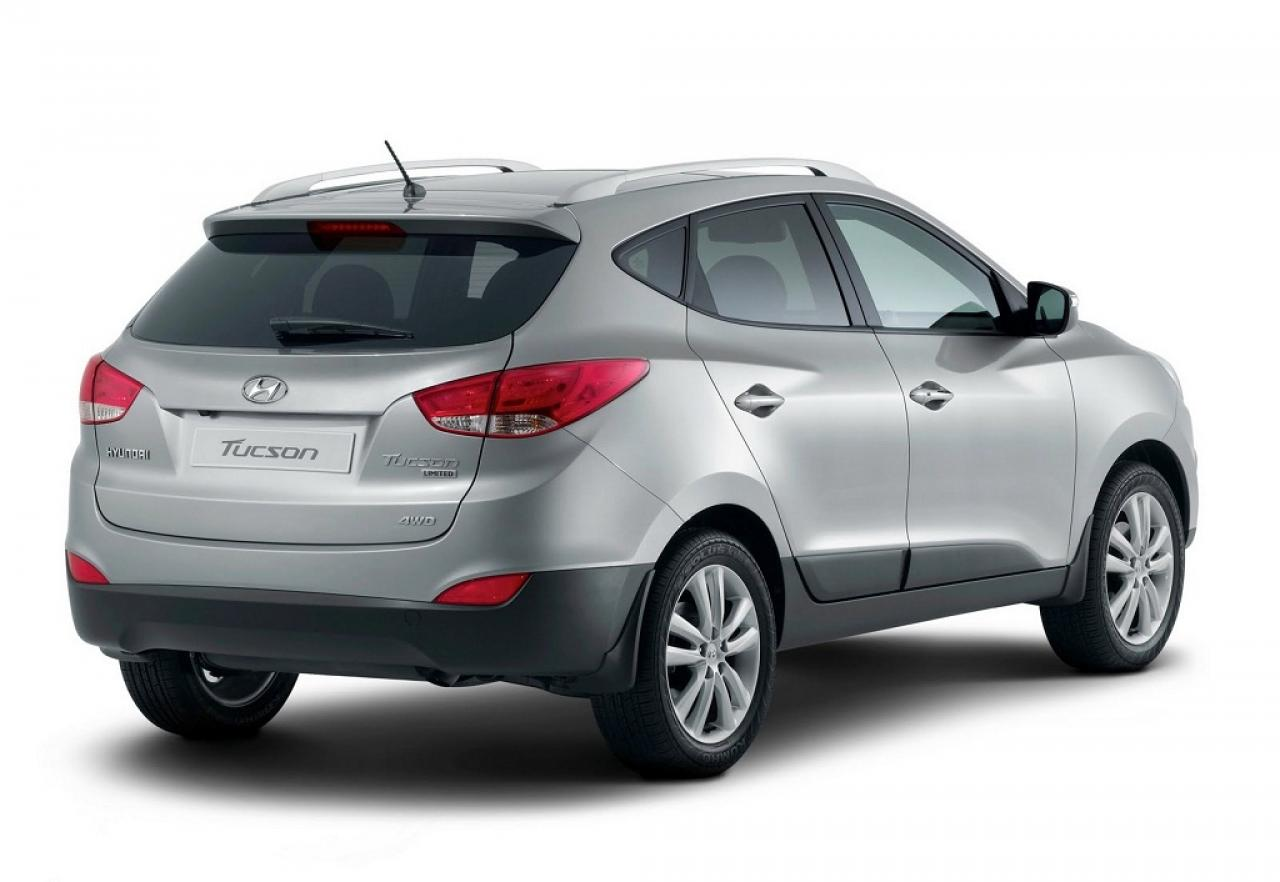 2012 hyundai tucson information and photos zombiedrive. Black Bedroom Furniture Sets. Home Design Ideas