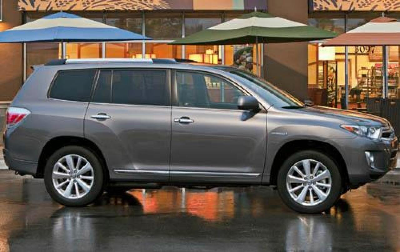 2012 toyota highlander hybrid information and photos zombiedrive. Black Bedroom Furniture Sets. Home Design Ideas