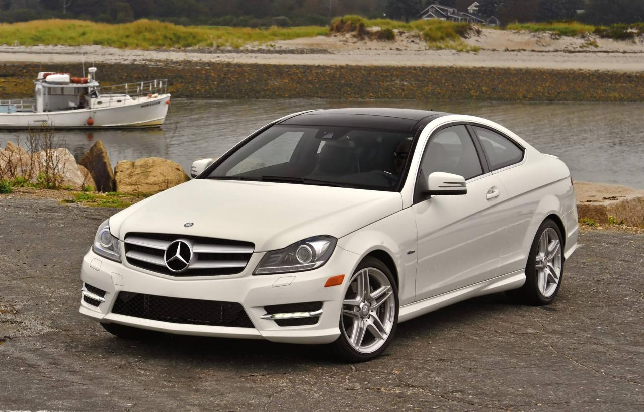 2013 mercedes benz c class information and photos zombiedrive. Black Bedroom Furniture Sets. Home Design Ideas