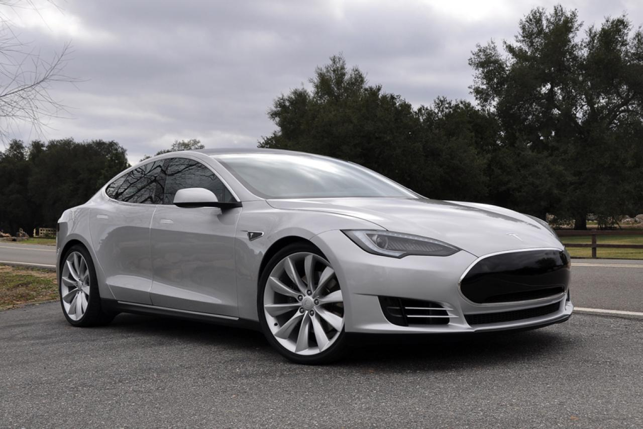 Innovative 2013 Tesla Model S