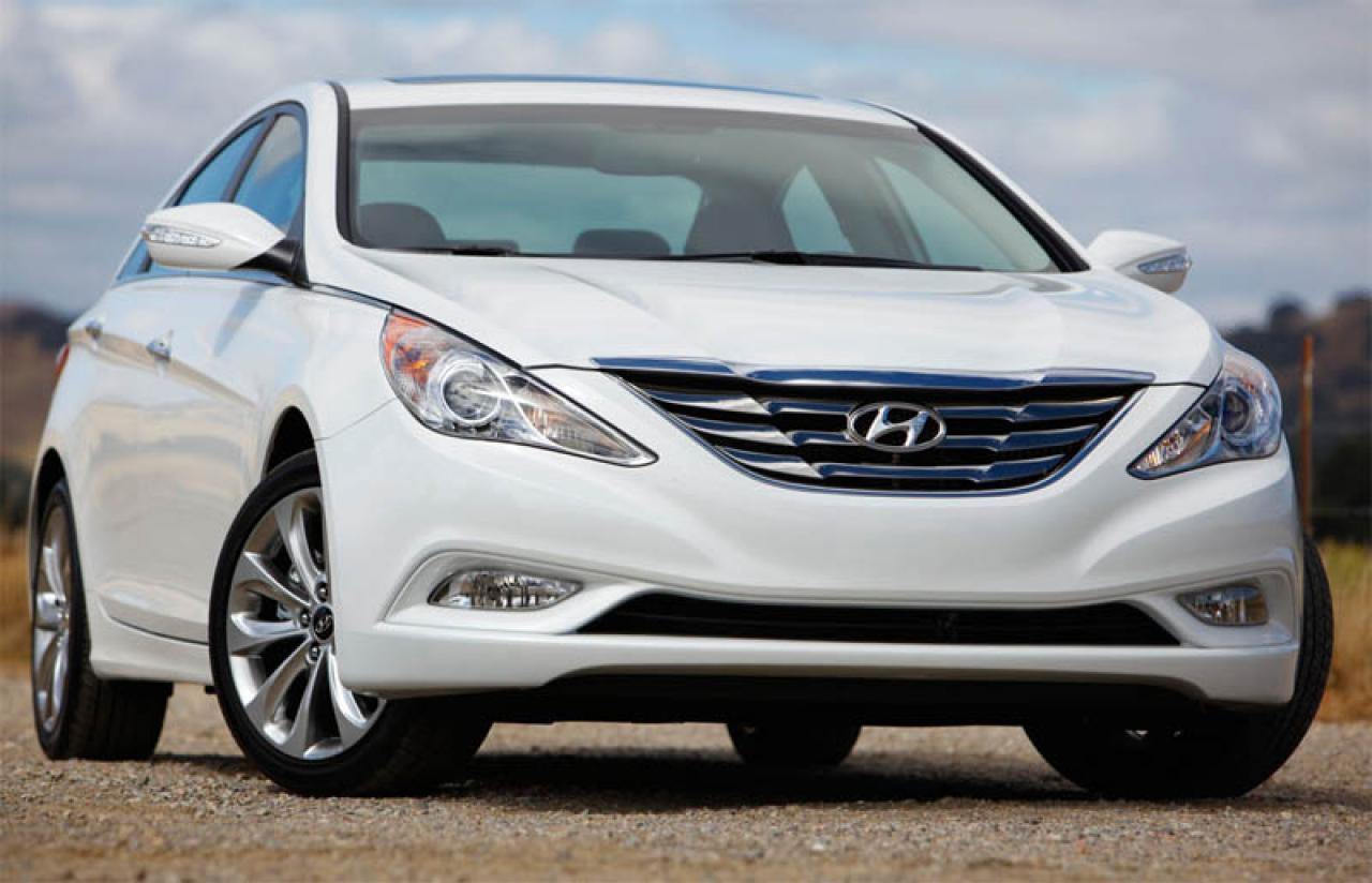 2014 hyundai sonata hybrid information and photos zombiedrive. Black Bedroom Furniture Sets. Home Design Ideas