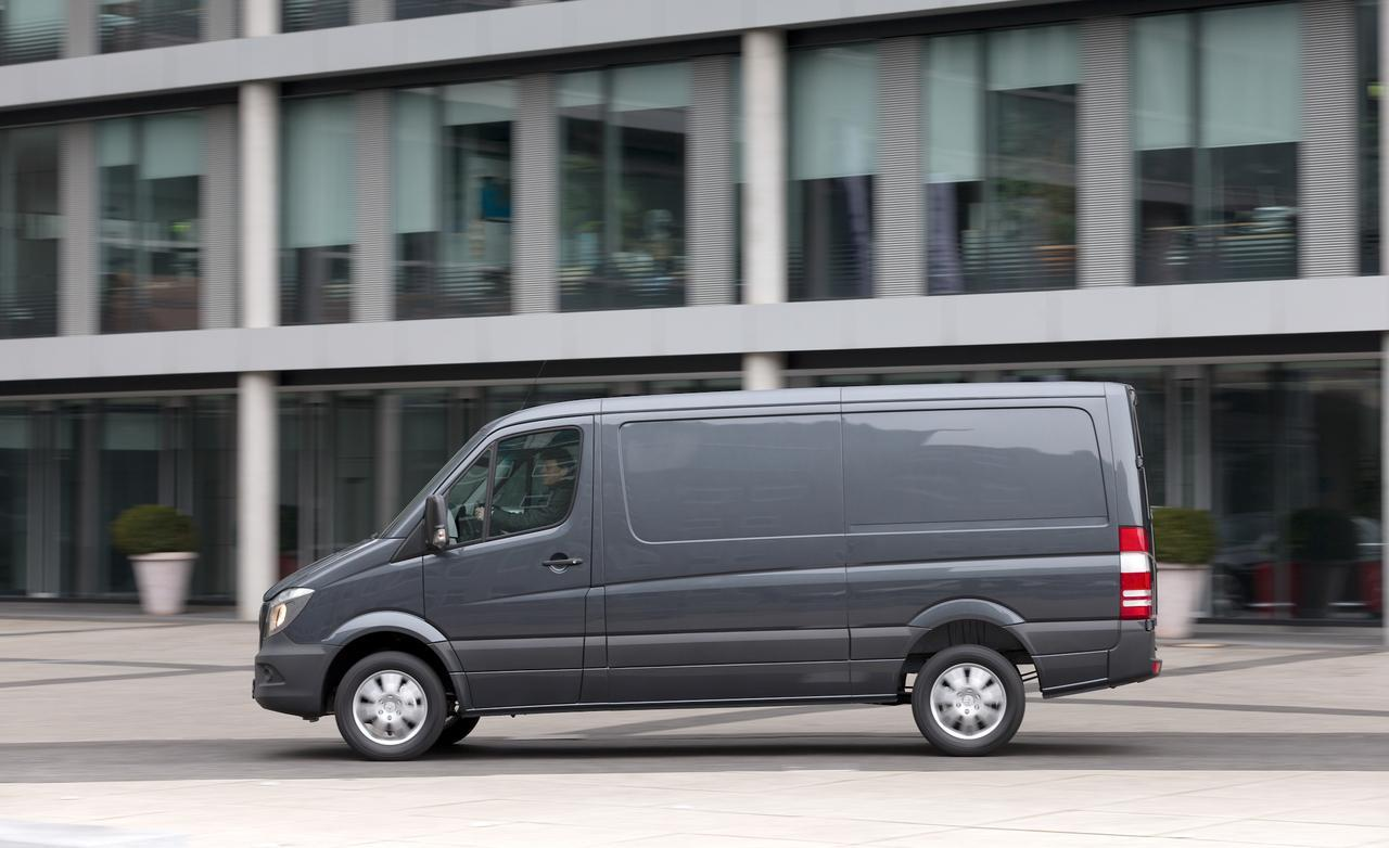 2014 mercedes benz sprinter information and photos for Mercedes benz sprinter 2014