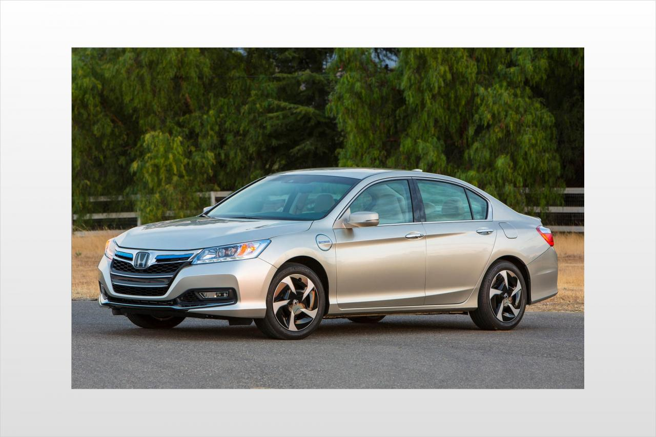 2014 honda accord plug in hybrid information and photos zombiedrive. Black Bedroom Furniture Sets. Home Design Ideas