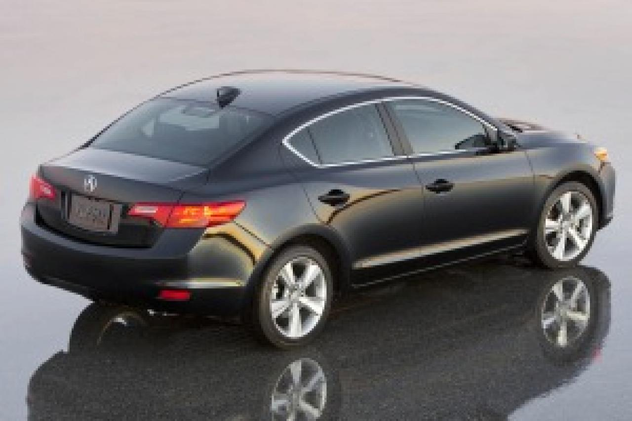 ... Acura Ilx For Sale In T a FL 19UDE2F71GA011792 besides Used Cars Acura