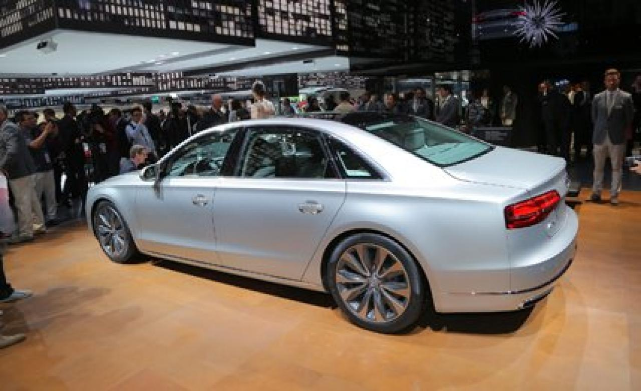 2015 audi a8 information and photos zombiedrive. Black Bedroom Furniture Sets. Home Design Ideas