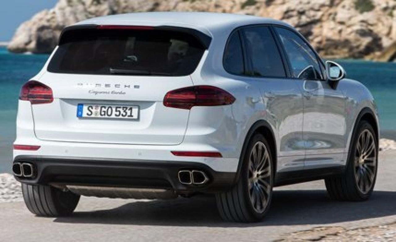 2015 porsche cayenne information and photos zombiedrive. Black Bedroom Furniture Sets. Home Design Ideas