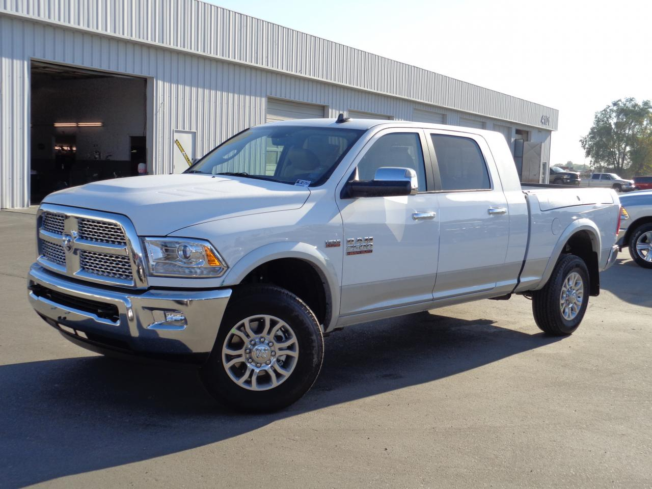 2015 Ram 2500 - Information and photos - Zomb Drive