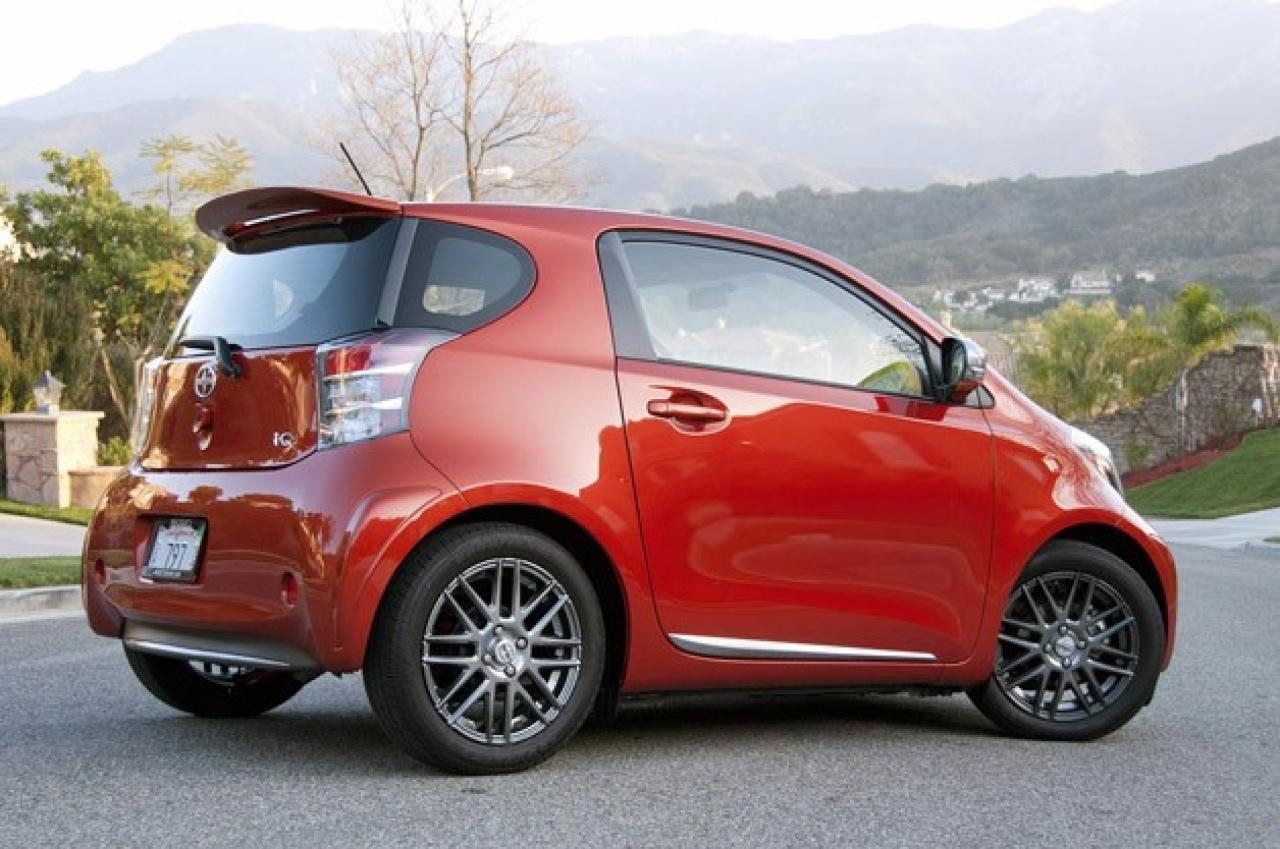 2015 scion iq information and photos zombiedrive. Black Bedroom Furniture Sets. Home Design Ideas