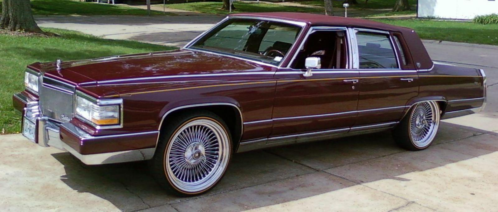 1990 Cadillac Brougham - Information and photos - Zomb Drive