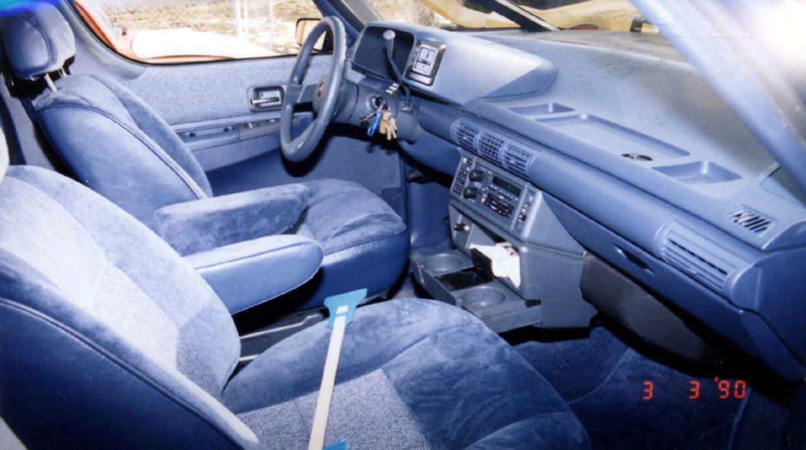 1990 Chevrolet Lumina Minivan 8
