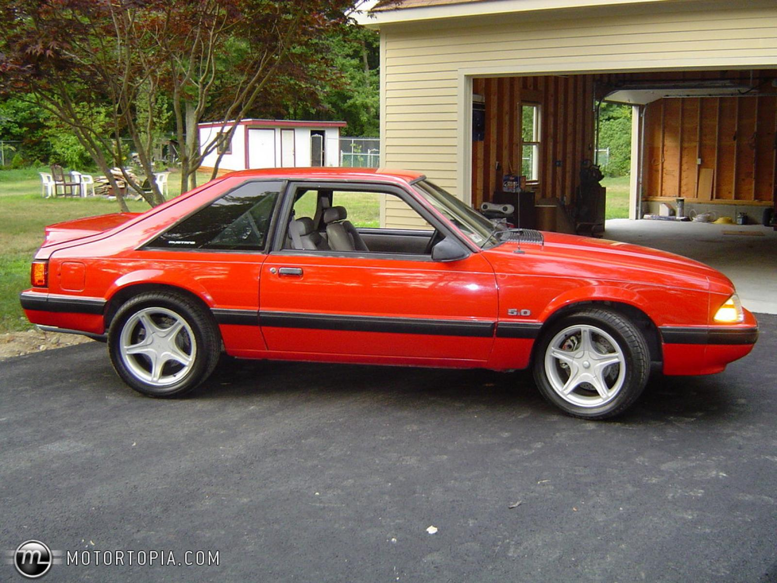 800 1024 1280 1600 origin 1990 ford mustang