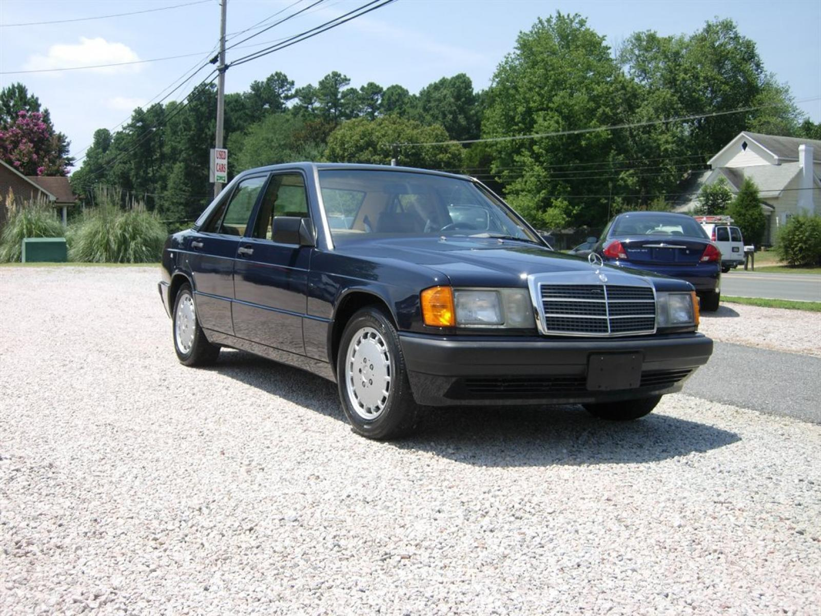 1990 mercedes benz 190 class information and photos for Mercedes benz 1990