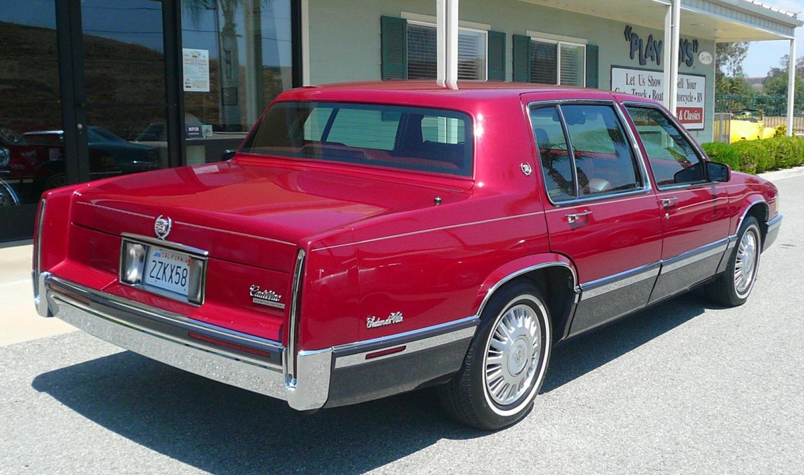 1991 Cadillac DeVille - Information and photos - ZombieDrive