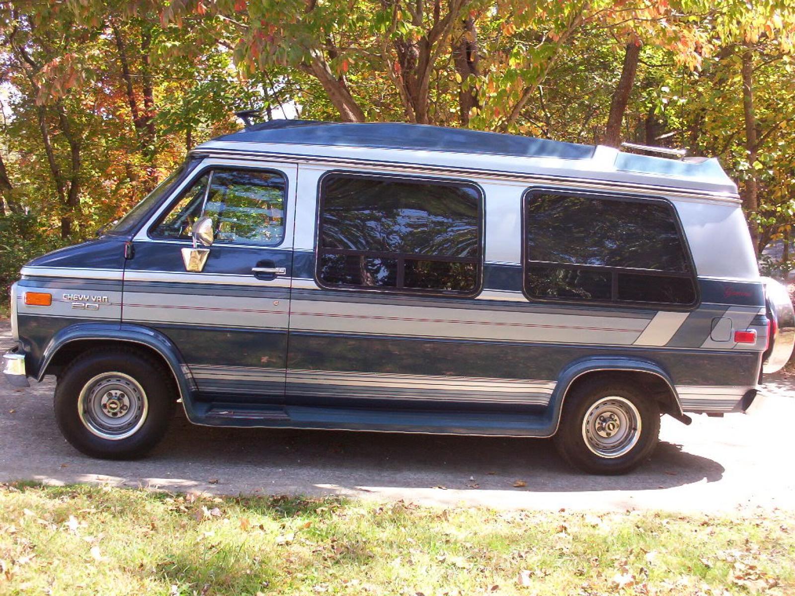 800 1024 1280 1600 origin 1991 Chevrolet Chevy Van ...