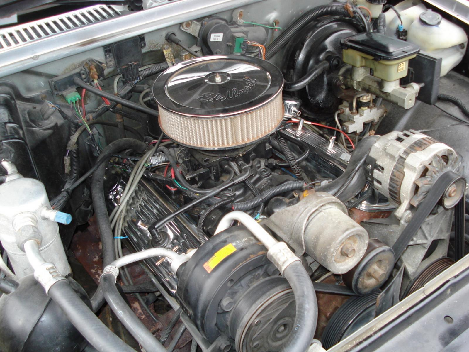 1965 Mustang fastback with cammer engine moreover 1962 Thunderbird besides S915374 together with Where is the oil pressure switch located in a GMC Truck 2004 besides 976308. on 3 8 in line mini fuel filter