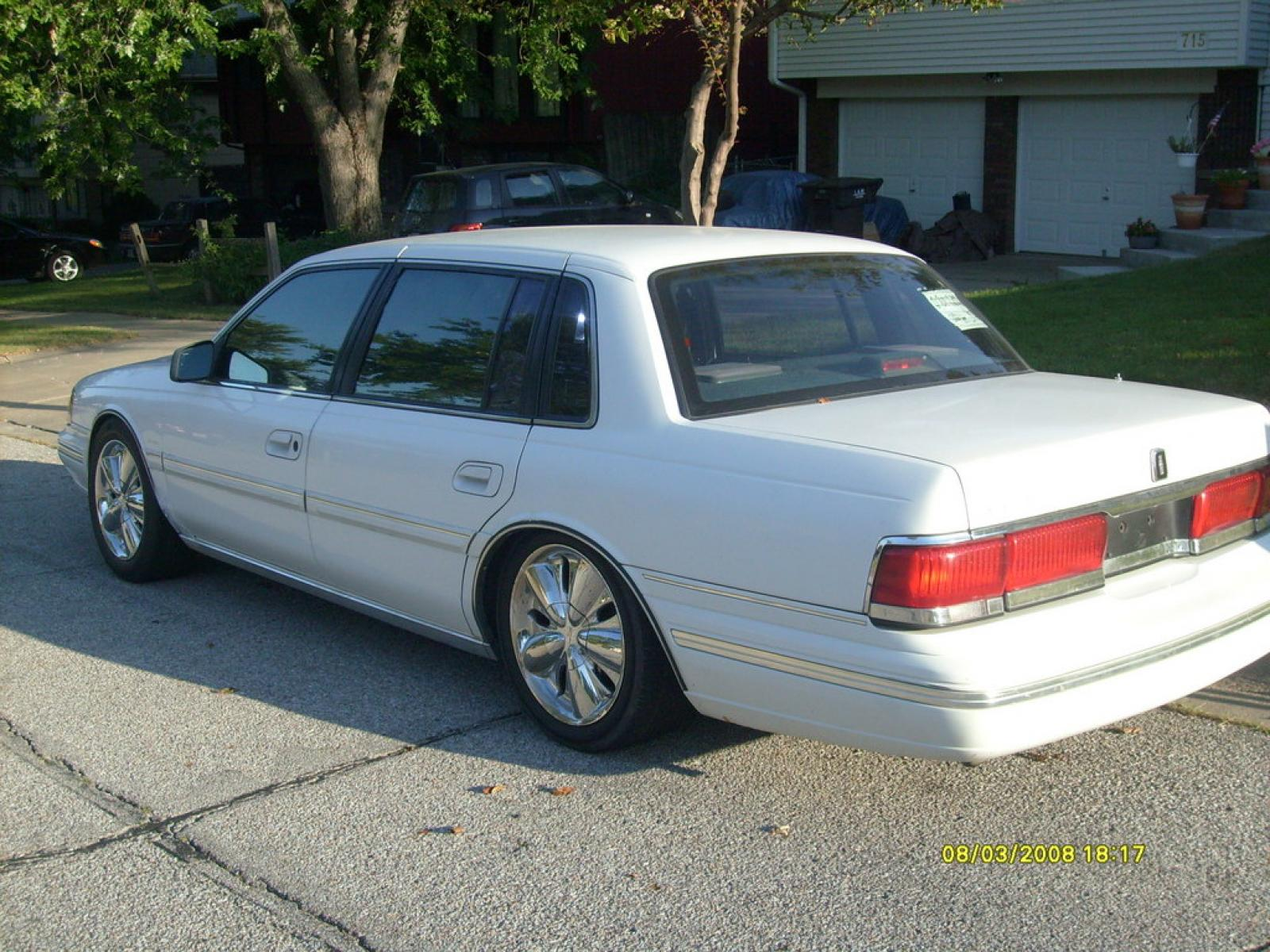 1991 Lincoln Continental - Information and photos - ZombieDrive